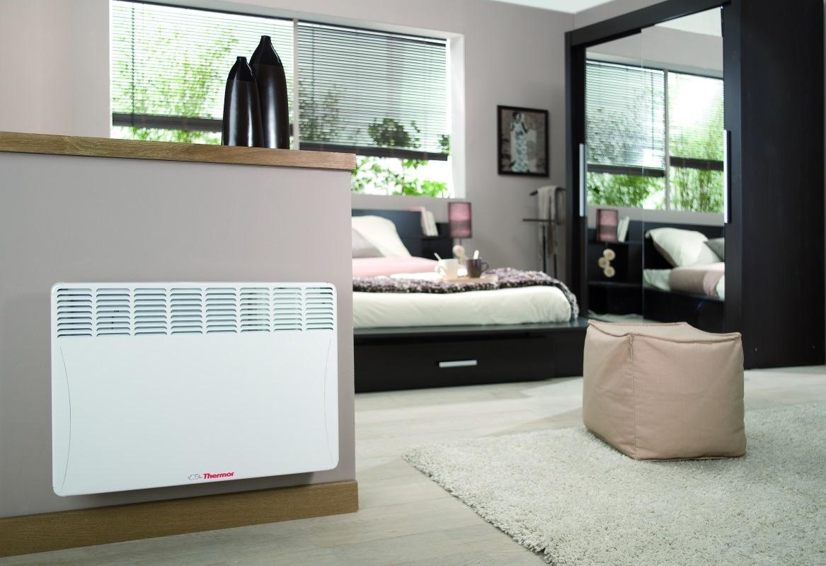 Dormitorio con calefacción por aerotermia